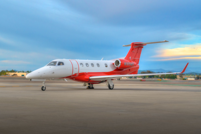 2017 Embraer Phenom 300 SN 50500399