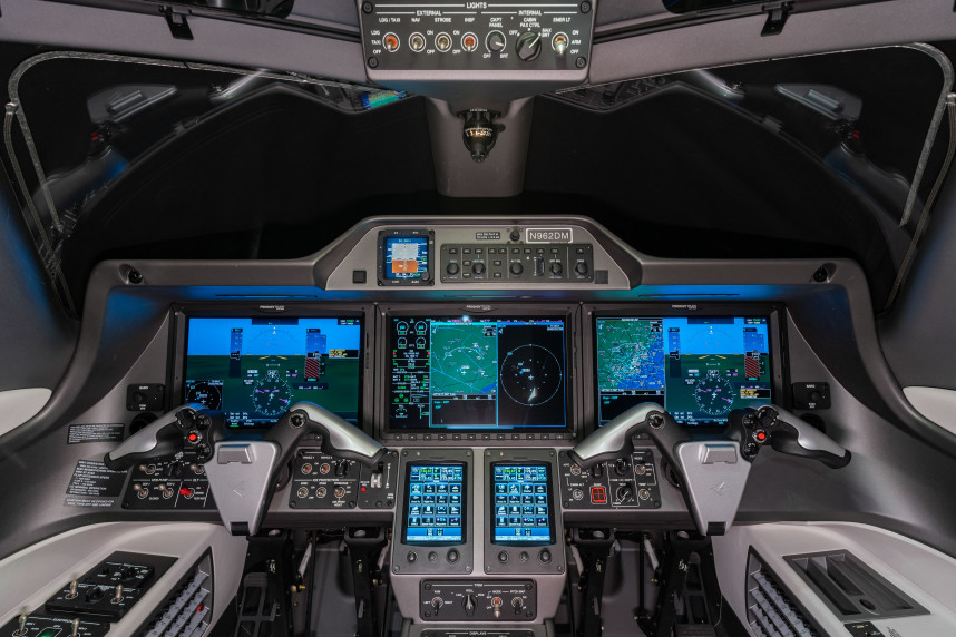 2018 Embraer Phenom 300E SN 50500477